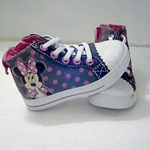 Minnie Mouse toddler size 7 high top sneakers